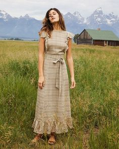 Shop the Christy Dawn dress collection for timeless, handmade vintage inspired clothing to look great on any occasion, while supporting sustainable fabric sourcing practices. Simple Dresses, Cute Dresses, Vintage Dresses, Casual Dresses, Summer Dresses, Maxi Dresses, Modest Fashion, Fashion Dresses, Christy Dawn Dress
