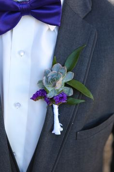 Succulent and greenery boutonnière Succulent Boutonniere, Flowers For You, San Diego Wedding, Floral Crown, Timeless Design, Unique Weddings, Greenery, Wedding Flowers, Succulents