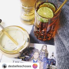 Wir gönnen uns heute eine Auszeit! 💆#almdudler #lassunsdudeln #regram @desbelleschoses Videos, Barware, Photo And Video, Instagram, Time Out, Bar Accessories, Video Clip, Glas