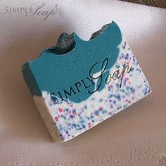 Urban Chick soap by Simply Soap. I love the layers and confe Handmade Soap Recipes, Handmade Soaps, Soap Maker, Soap Packaging, Lotion Bars, Cold Process Soap, Beauty Recipe, Home Made Soap, Layers