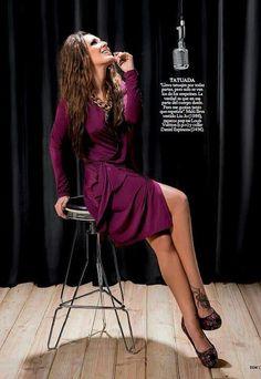 Malu, Dresses With Sleeves, Long Sleeve, Photography, Latina, Fashion, Models, Singers, Jewelery