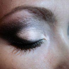 Makeup smokey blanc et gris / noir