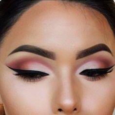 Spring 2015 eye makeup with black liquid eyeliner, Tea Rose & Mulberry Eyeshadow @bellareinapins