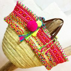RAINBOW Special gift for @lesneobourgeoises  #Squaw#HandMadeWithLove#UnicPiece#BoutiqueRosanita#LittleRosanita#Ethnic#Gypsy#Hippie#Boho#Indian#Tribal#StrawBag#Beaded#Embroidered#Fringe#Pompon#Tassel#Colorful#HotPink#Neon#Spring#Summer#Beach#Sun#Sea