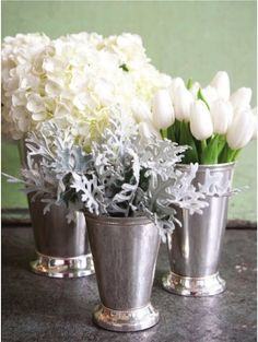Lovely! mint julep cups and white-n-silver flowers