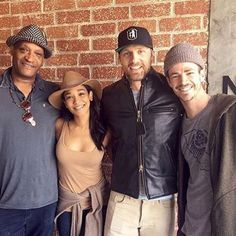Did some ADR today and I finally got to meet the great Tony Todd. by grantgust Candice Patton Instagram, Tony Todd, Grant Gustin, Detective Comics, The Flash, Dc Comics, Tv Shows, Handsome, Singer
