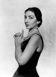 Maria Callas photographed by Cecil Beaton (London, 1957).
