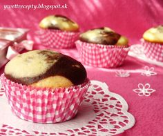 Mramorové muffiny s čokoládou. Pie Dessert, No Bake Cake, Scones, Cooker, Cheesecake, Pudding, Cupcakes, Breakfast, Sweet