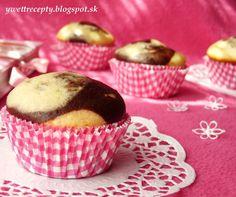 Mramorové muffiny s čokoládou.