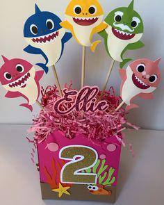 2nd Birthday Party For Girl, Shark Birthday Cakes, Unicorn Birthday Parties, Birthday Ideas, Birthday Cards, Party Box, Shark Party Decorations, Birthday Party Decorations, Baby Hai