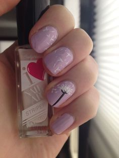 Summer dandelion nail art