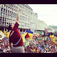 En Plaza Caracas. El cielo es el límite y Primero Dios, y de inmediato, el Pueblo.