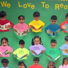 We Love to Read(cute - picture of student reading a book) Class Displays, School Displays, Classroom Displays, Reading Bulletin Boards, School Bulletin Boards, Reading Activities, Preschool Activities, Reading Display, Readers Workshop