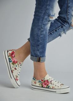AD-511 Παπούτσια Πάνινα τύπου All Star Floral-Λευκό - Luigi Footwear - Γυναικεία παπούτσια, ανδρικά παπούτσια, παιδικά παπούτσια