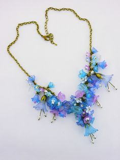 Statement Necklaces – Blue & Lilac Lucite Flowers Fairy Necklace – a unique product by HeliHelmed on DaWanda