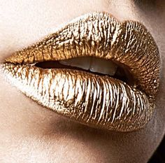 "Pat McGrath on Instagram: ""A GORGEOUS golden pout from a talented young makeup artist, @anagdev!!! #MAJOR #Gold001 inspo, I LOVE it ⚡️⚡️⚡️"""