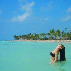 Você, o mar, a calmaria... Conheça a praia do Juanillo na República Dominicana.