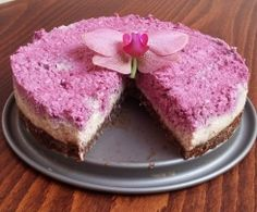 Recipe RAW Ostružinový dortík by akate, learn to make this recipe easily in your kitchen machine and discover other Thermomix recipes in Dezerty a sladkosti. Kitchen Machine, Cheesecake, Paleo, Thumbnail Image, Desserts, Food, Thermomix, Tailgate Desserts, Deserts