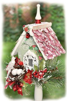 Christmas Decorated Bird House - DIY home decor
