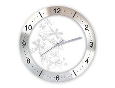 Değişik Metal Duvar Saati  Ürün Bilgisi;  Çap 350 mm. Mineral Cam Aliminyum Çerçeve Sessiz Akar Saniye