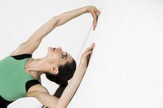 Необычный ракурс необычной Оксаны Кардаш @oxanakardash в ее необычном купальнике мечты!💎 Мы не мыслим стандартами!😉💫 Фото - Алиса Асланова @alisaaslanova Unusual angle of the unusual Oxana Kardash in her unusual dream leotard!💎 We do not think by standards! 😉💫 Photos - Alisa Aslanova #balletmaniacs #balletwear #primaballerina #balletbeautifulgirls #dreamleotard #balletphoto #newcollection #balletdancers #fashion #pointeshoes #leotards #dancewear