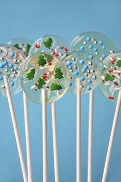 Christmas candy recipes, Christmas candy and chocolate you can make yourself - Christmas lollipops