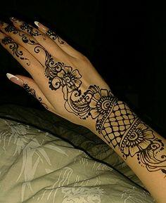 My mehendi, real pretty, like it! #mehendi #design #henna #art #beautiful #mymehendi #me