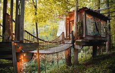 9 Ridiculously Awesome Treehouses You Can Book On Airbnb For Your Next Vacation | OrganicLife | Yes, your childhood fantasy of living in a tree really can come true!
