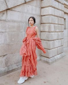 Wearing newest Le flâneur collection. You can pre-order it now on their website! Just click the link on their bio. Uzzlang Girl, Korean Fashion, Fashion Dresses, Ootd, Celebrities, How To Wear, Korean Style, Beautiful, Collection