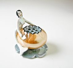 Mermaid Flower Frog - Vintage Lusterware.