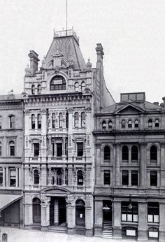 The Premier Building at Collins St,Melbourne,Victoria (year unknown). Still standing but neglected in danger of demolition Vintage Architecture, Australian Architecture, Classic Architecture, Historical Architecture, Melbourne Victoria, Victoria Australia, Famous Buildings, City Buildings, Melbourne Australia