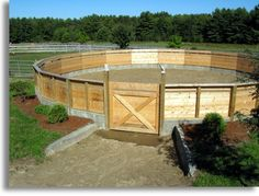 60' covered round pen with 5' walls