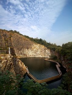 Quarry Garden in Shanghai Botanical Garden by THUPDI & Tsinghua University, Beijing