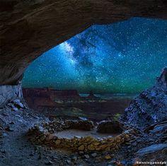 False Kiva Canyonlands Milky Way, Utah