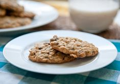 vegan_oatmeal_raisin_cookies
