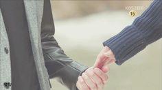 꼭잡은 은마루 손 움짤.gif - 착한남자 갤러리