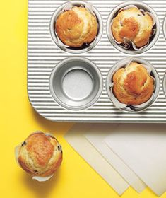 Parchment Paper as Muffin Tin Liner