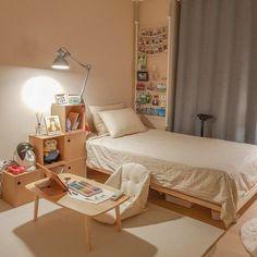 Room Design Bedroom, Small Room Bedroom, Room Ideas Bedroom, Korean Bedroom Ideas, Design Room, Study Room Decor, Decor Room, Small Room Design, Minimalist Room