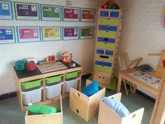 Rekenhoek Reggio Emilia, Primary School, Little Ones, Toddler Bed, Preschool, Nursery, Classroom, Kids Rugs, Education