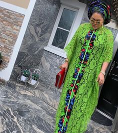No photo description available. Best African Dresses, African Lace Styles, Latest African Fashion Dresses, African Print Dresses, African Print Fashion, Africa Fashion, African Attire, African Prints, African Fabric