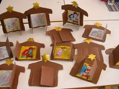 easy nativity craft could make an advent calendar Childrens Christmas, Preschool Christmas, Christmas Nativity, Noel Christmas, Christmas Crafts For Kids, Christmas Activities, Preschool Crafts, Christmas Themes, Holiday Crafts