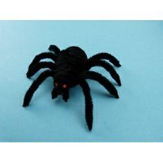 Basteln mit Pfeifenputzer   Ein gruslige Spinne zu Halloween basteln.