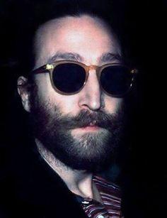 Sean and John Lennon are identical John Lennon Yoko Ono, John Lennon And Yoko, Imagine John Lennon, John Lennon Beatles, John Lenon, Los Rolling Stones, Superstar, Lennon And Mccartney, Idole
