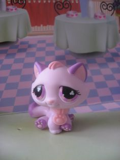 littlest pet shop cat Rare Lps, Kendall Birthday, Warrior Movie, Lps Accessories, Lps Cats, Palace Pets, Little Pet Shop, Kid Movies, Monster High Dolls