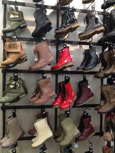 I just really want some combat boots :(