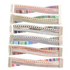 Pulseras etnicas cool con imán de colores en www.sonatachic.com #eticno #pulseras #cool #ethinc #sonata #chic #bisuteria #snt #moda #fashion #tendencia #collares #gargantillas #anillos #outfits #complementos cubrebotas #joyas #broches #tobilleras  #bolsas #expositores #llaveros #accesorios #pelo #gemelos