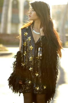 Golden Night #Inspiration #Fringes #Black #Gold #Night #Sparkle #BiographyTrend #SpringNight #BiographyCollection #Biography