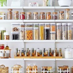 Pantry goals? Most definitely! I love the variety of containers and baskets used. Need help getting your pantry or any other space organized? Schedule a free consultation today! @thecontainerstore • • • • • #pantry #pantryorganization #kitchen #kitchendesign #labels #organized #organizer #professionalorganizer #homedecor #storage #toronto