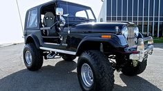 1986 American Motors Jeep CJ-7 6 Inch Lift, Roll Cage presented as lot F108 at…