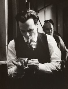 Andrew Scott The Hour.